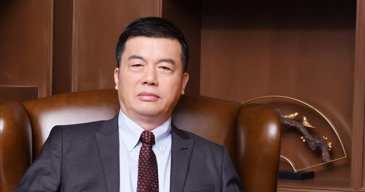 Liu Qin, professor and vice-president of SNAI
