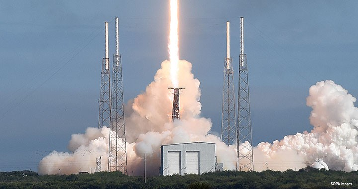 A SpaceX Falcon 9 rocket carrying 60 satellites lifts off from Cape Canaveral in Florida in the US. The satellites, some as small as a briefcase, will be part of SpaceX's constellation that orbits the Earth.